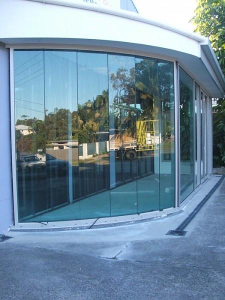 Axis Glass Frameless Amp Fixed Glass